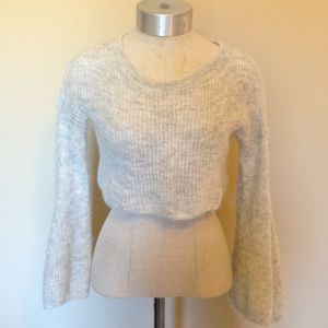 Anthropologie Sleeping on snow bell crop sweater